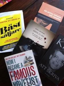 Diverse böcker om hur man skriver böcker